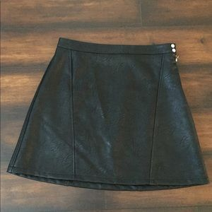 Zara Basic faux leather skirt